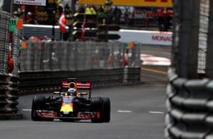 The Red Bull pit stop cost Ricciardo his lead.