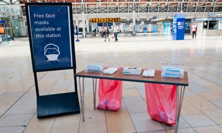 Euston was one of the stations where free disposable face marks were being made available.