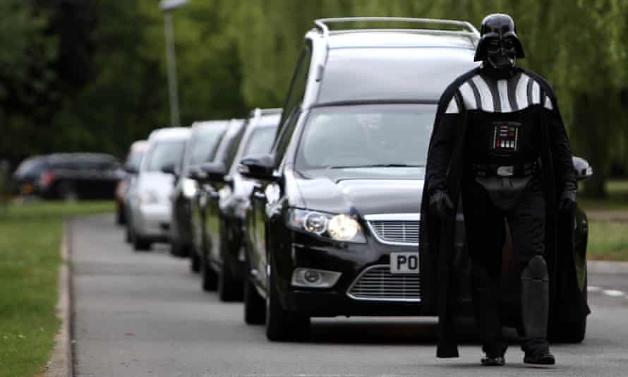 Funeral director Brett Houghton dressed as Darth Vader to lead the service.