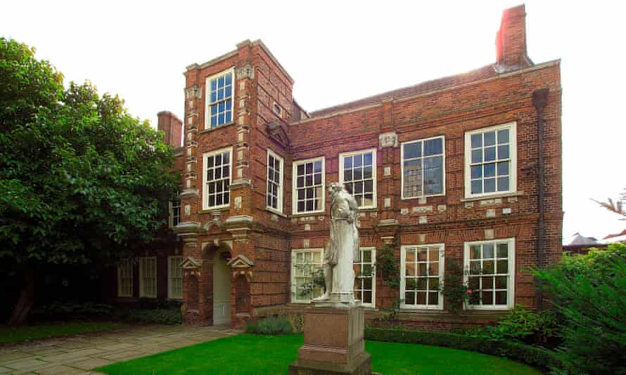 Wilberforce House Museum exterior view, Hull