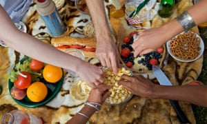 People sharing food