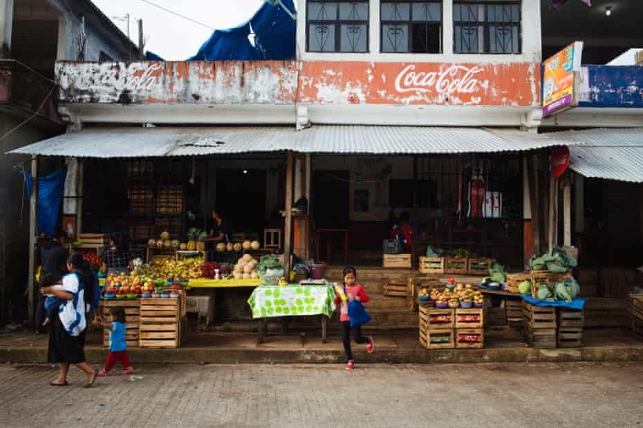 Coke signs in San Juan Cancuc