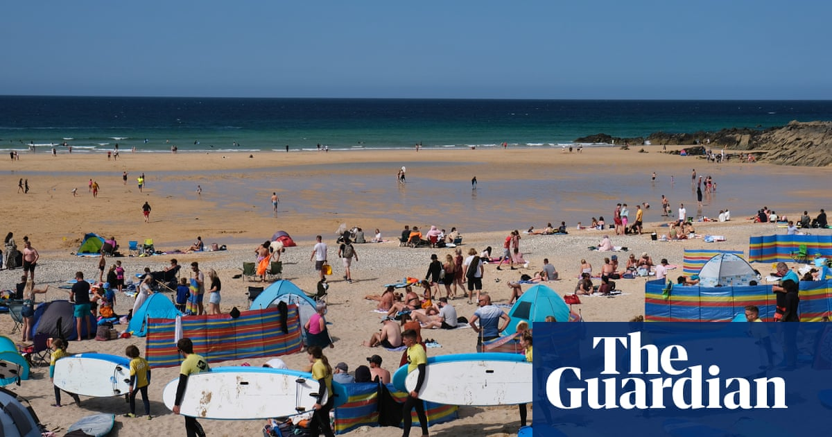 Surge in Britons booking ahead for UK holidays in 2022