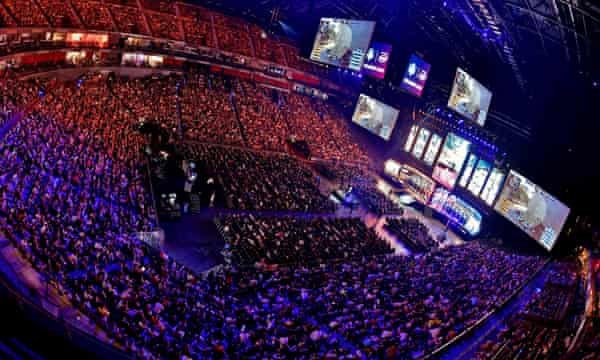 Spectators follow the ESL One event in Germany. Competition operators such as ESL are trying to tackle match-fixing.