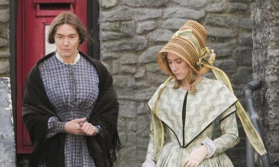 Kate Winslet and Saoirse Ronan on the set of Ammonite