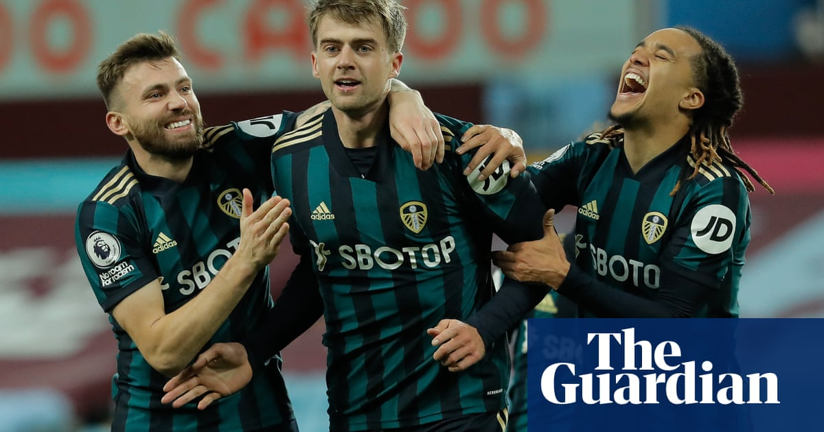 Leeds unstoppable as Patrick Bamford hat-trick bursts Aston Villa bubble