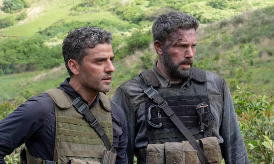 Oscar Isaac and Ben Affleck in Triple Frontier.