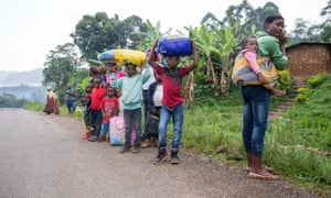 Villagers from Belo, in Cameroon's north-west flee the fighting to nearby Bamenda
