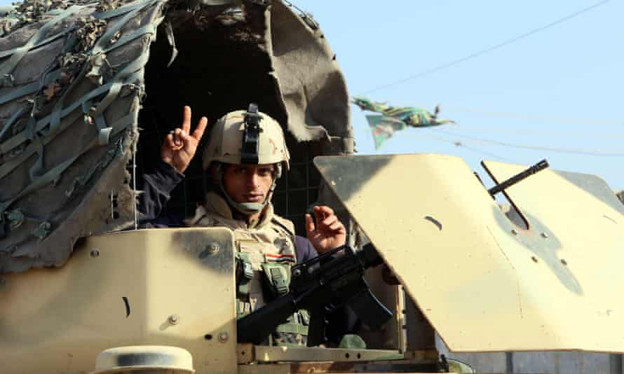 An Iraqi soldier at a checkpoint east of Baghdad in January 2014.