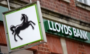 Lloyds apologises after customers hit by online banking