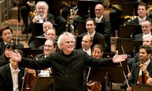 'Danke für alles' … Simon Rattle in front of the Berlin Philharmonic on 20 June 2018.