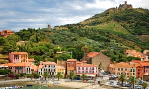 Collioure with its harbour and Fort Sainte-Elme above