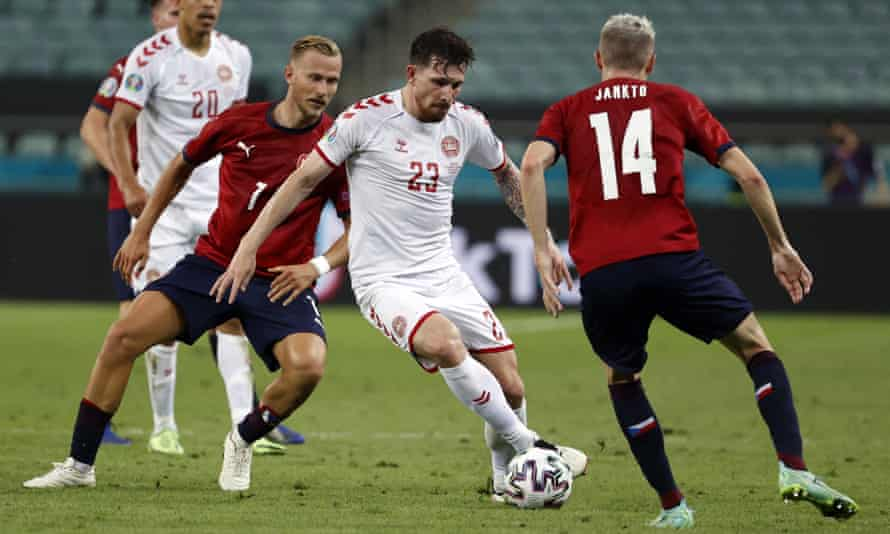 Pierre-Emile Højbjerg, in action against the Czech Republic, is one of two Denmark players to have had 450 minutes of action.