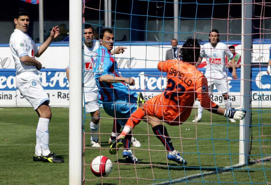 Giuseppe Colucci scores the first of Catania's three goals against Napoli in April 2008.