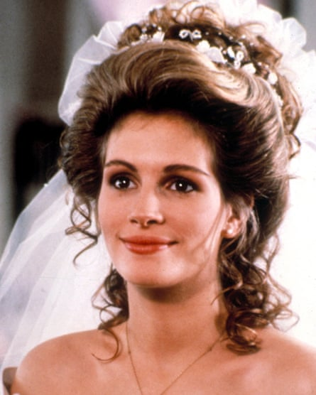 Roberts in Steel Magnolias, 1989.