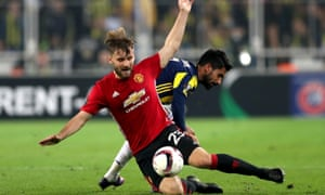 Luke Shaw felt pain in his right leg after Manchester United's defeat in Fenerbahce and consequently Gareth Southgate was unable to pick him in the England squad.