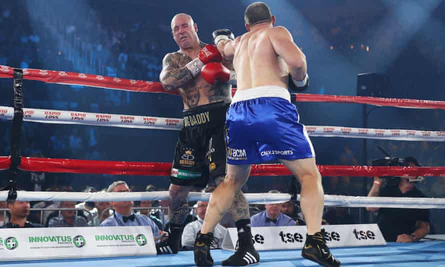 Paul Gallen punches Lucas Browne