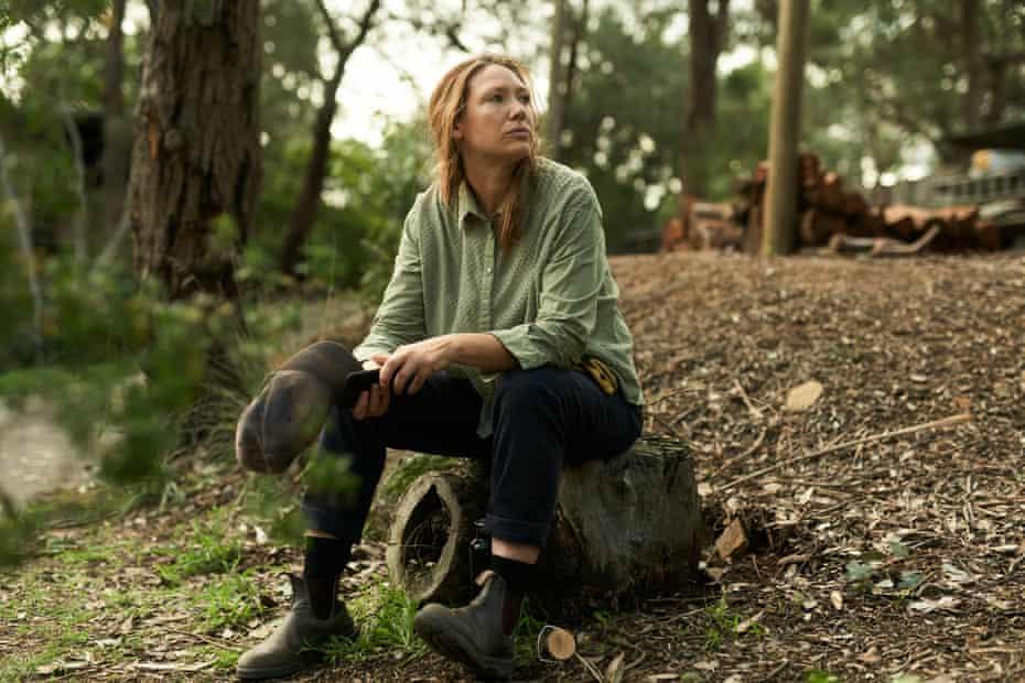 Anna Torv as Lally in Australian anthology Fires.