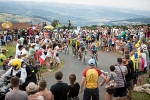 The Tour de France 2017 passes just before the Col de Peyra Taillade