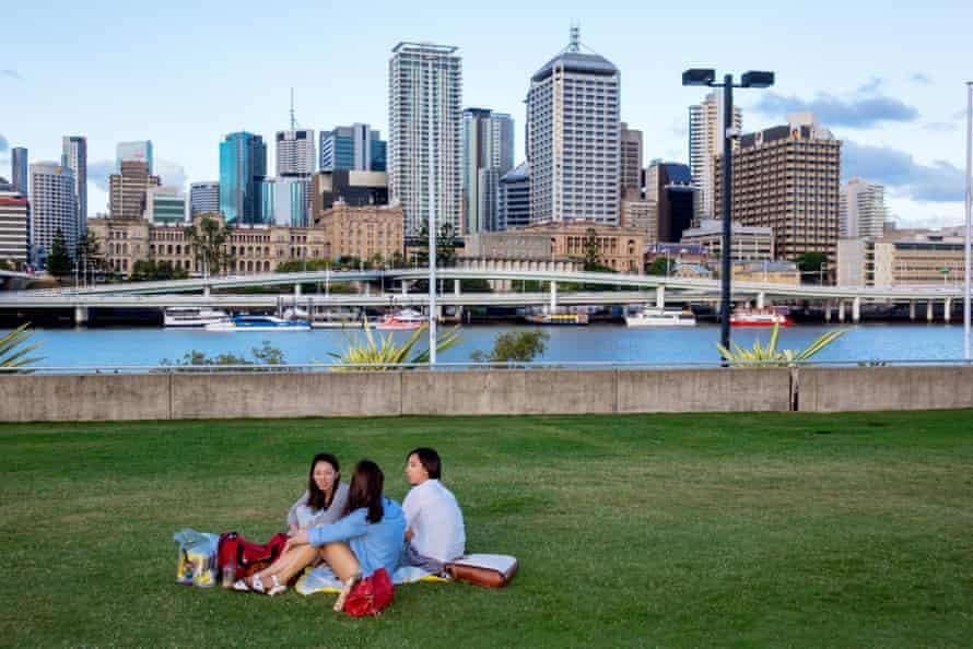 Australia, Brisbane skyline Southbank park friends