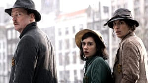 Ellie Kendrick with Iain Glen and Tamsin Greig in The Diary of Anne Frank (2009).