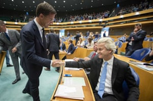 Rutte (left) and Wilders before the debate.