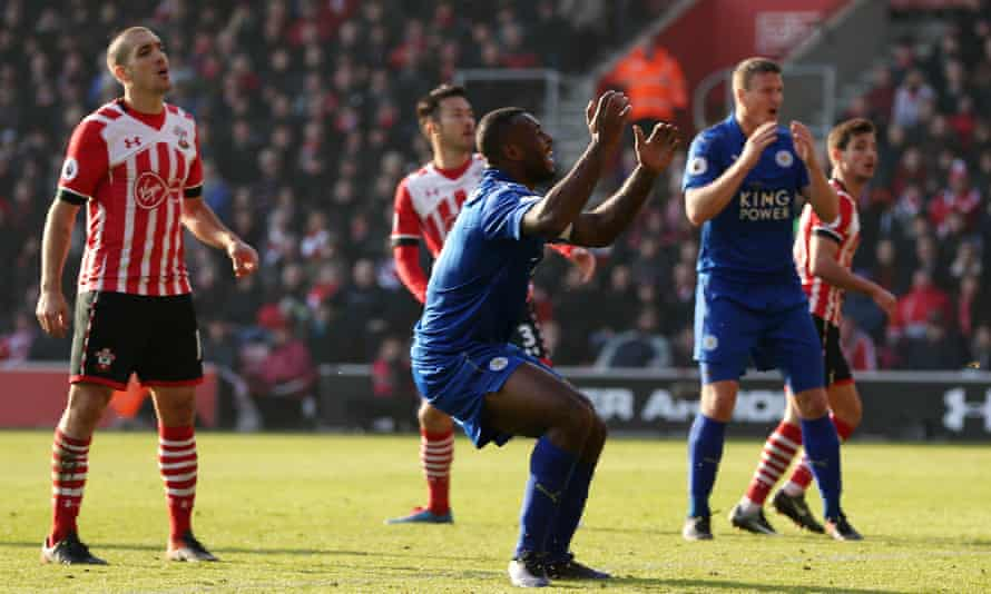 Wes Morgan reacts after missing a chance for Leicester in the defeat to Southampton