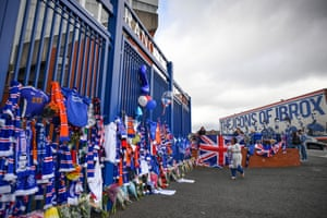 Rangers fans leave tributes at the gates of Ibrox Stadium for former player Fernando Ricksen.