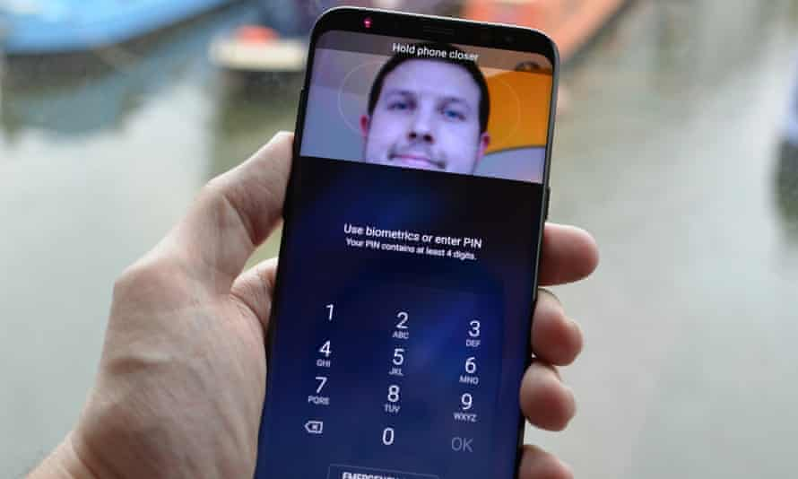 The iris scanner on the Samsung Galaxy S8+.