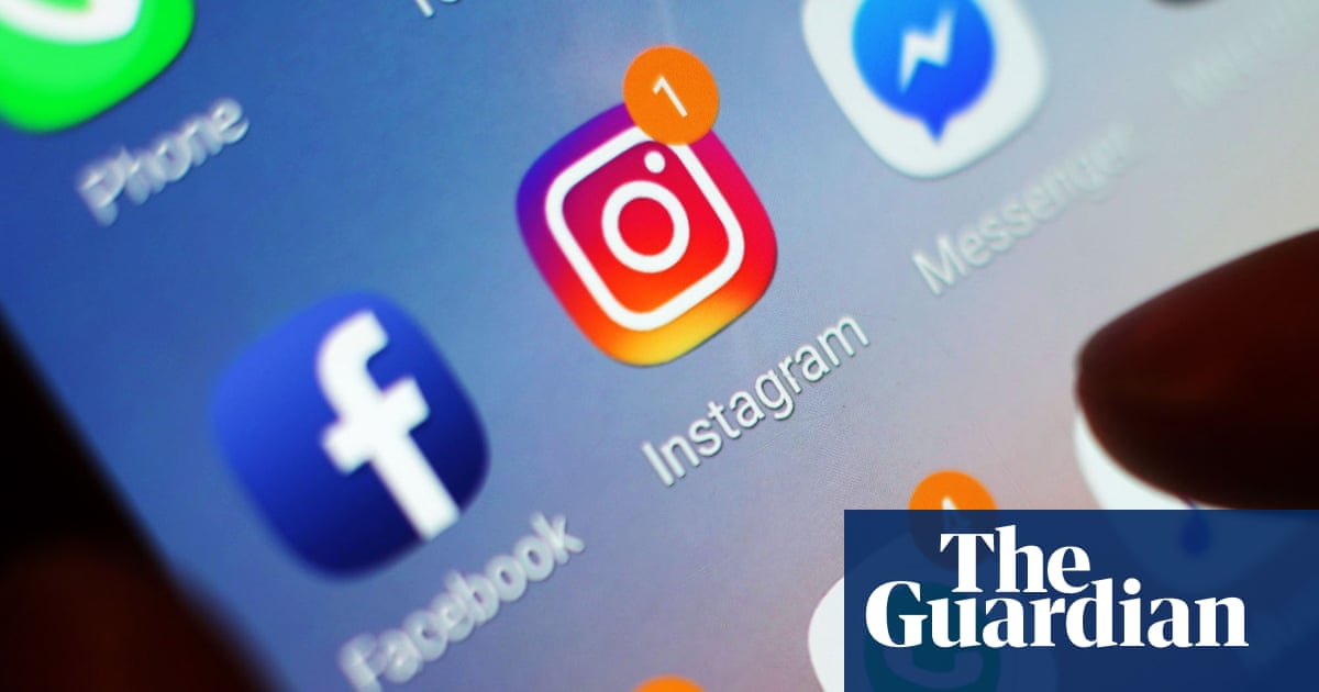 Instagram Urged to Crack Down on Eating Disorder Images