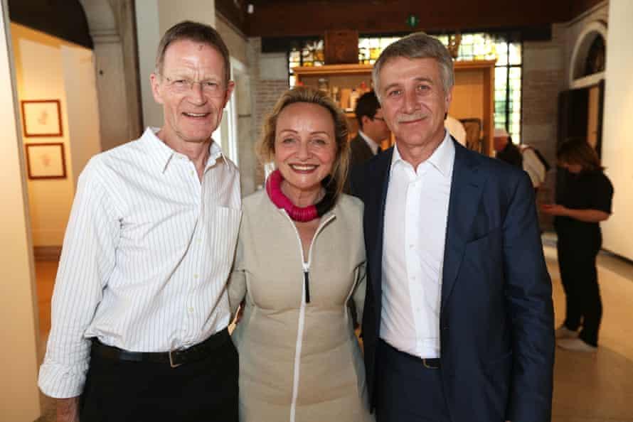 Leonid Mikhelson, right, at the 2015 Venice Biennale with VAC Foundation director Teresa Iarocci Mavica and Tate's Nicholas Serota.