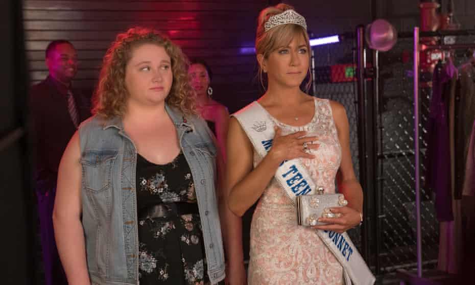 Danielle Macdonald and Jennifer Aniston in Dumplin'.