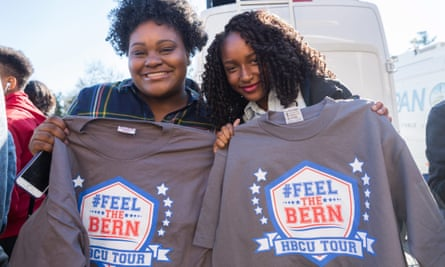 Students in South Carolina show their support for Bernie Sanders