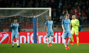 Manchester City players including Kevin De Bruyne looks dejected after Monaco's Fabinho scored their second goal.