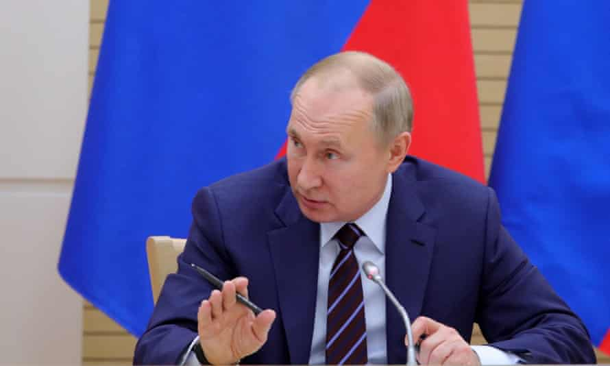 Vladimir Putin meets the new working group for amending the constitution