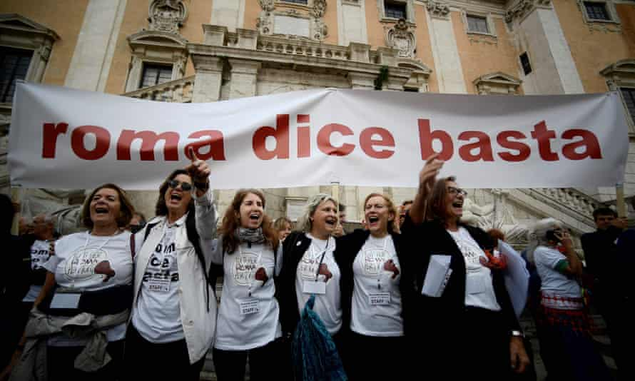 'Rome says enough': People protest at the Piazza del Campidoglio about the state of Rome.