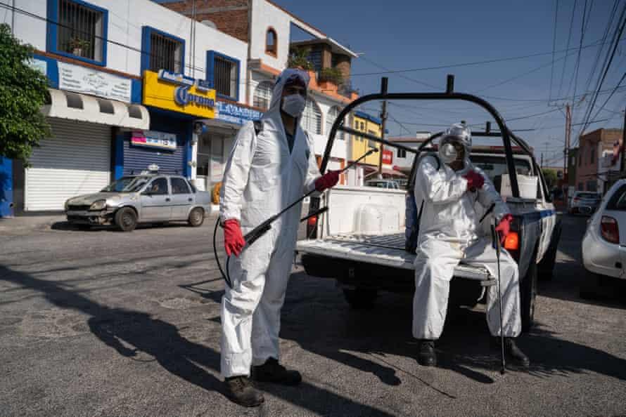 San Luis Potosí council workers sanitising the streets, 16 April 2020.
