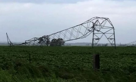 Transmission lines brought down in South Australian storm that led to blackout