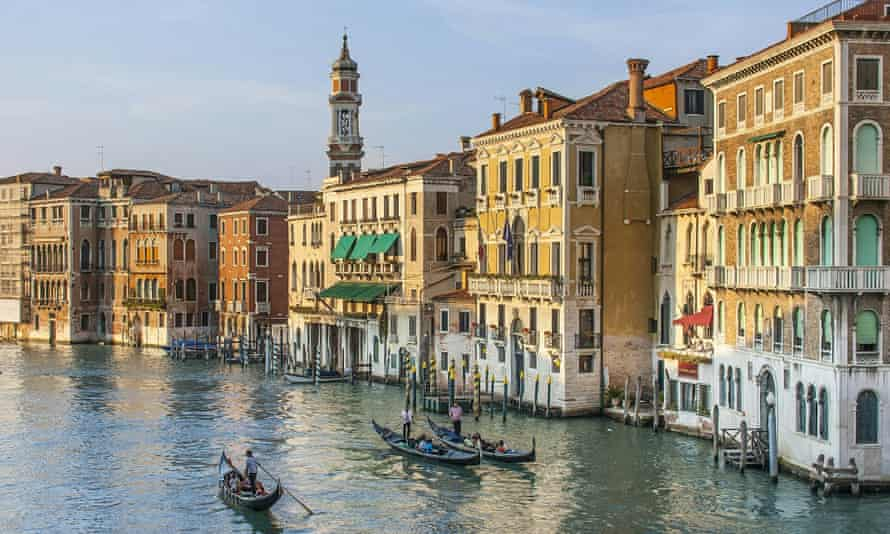 Voters in Veneto, which includes Venice, and Lombardy have backed greater autonomy from Rome in referendums on Sunday.