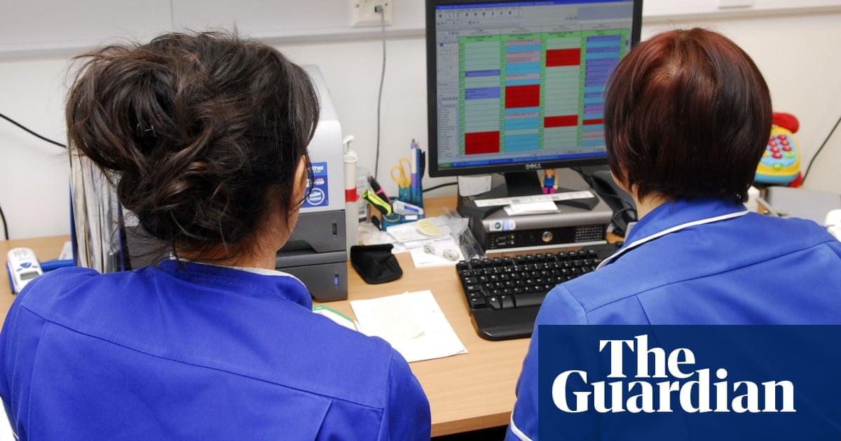 NHS trusts hiring non-nurses for nursing roles, union warns