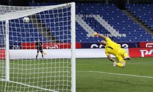 Vyacheslav Karavaev's shot flies past Serbia goalkeeper Marko Dmitrovic for Russia's second goal.
