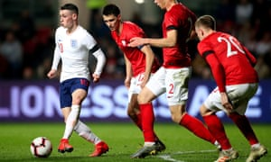 Phil Foden in action for England Under-21s.