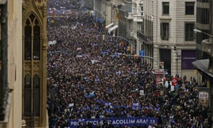Thousands of pro-refugee marchers in Barcelona.