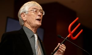 Dick Smith Launches $1 Million Campaign To Reduce Immigration