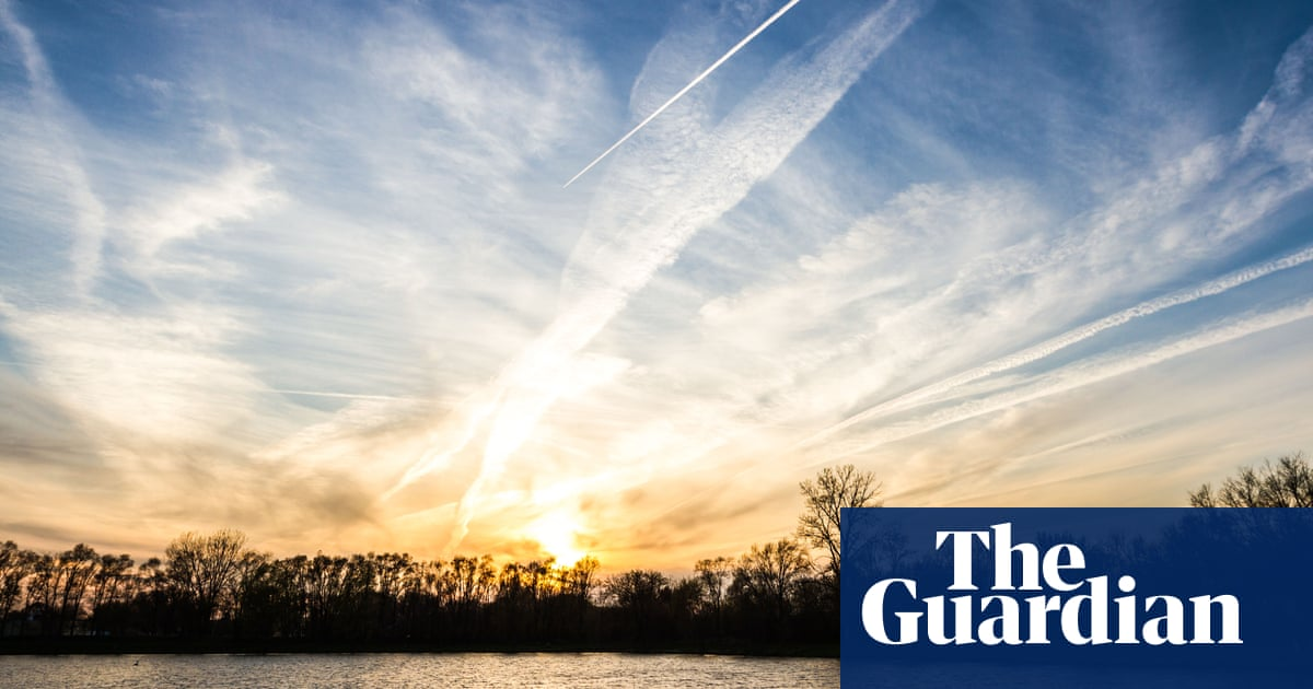 'Dimming the sun': $100m geoengineering research programme proposed