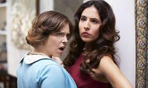 Rachel Bloom and Gabrielle Ruiz in My Crazy Ex-Girlfriend.