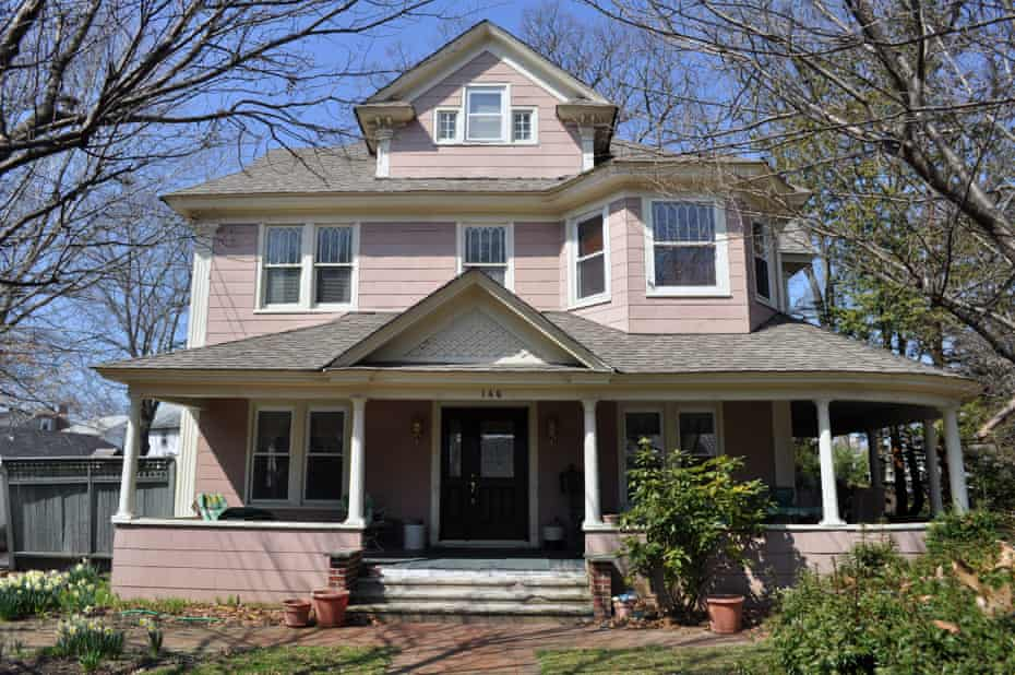 Freeport Spite house, New York