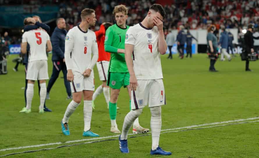 Declan Rice covers his eyes at Wembley.  Gareth Southgate says: