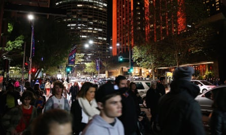 Traffic was brought to stand still in the Sydney CBD with massive crowds gathering to see Vivid Festival