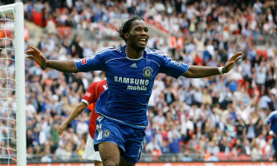 Chelsea's Drogba celebrates scoring in extra time to win the FA Cup final in 2007.